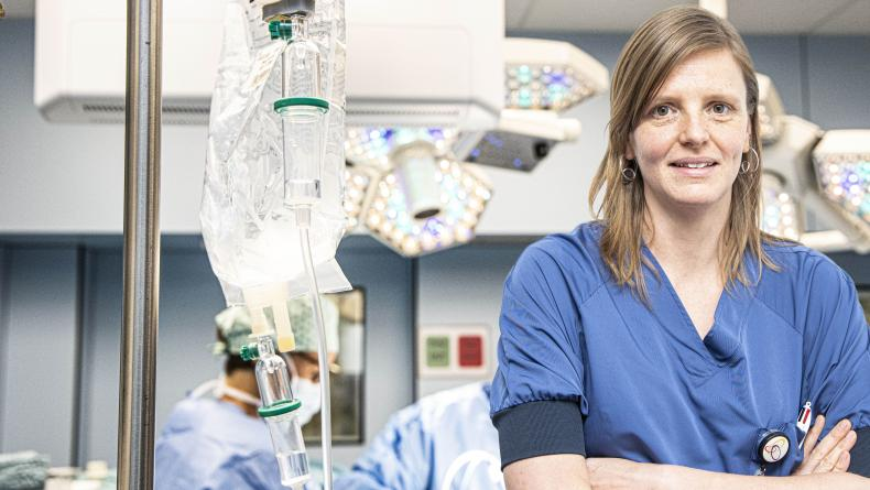 dr. Isabelle Casier